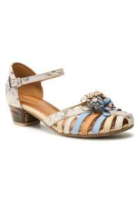 Beżowe sandały Maciejka w kwiaty