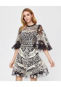 NEEDLE & THREAD - Tiulowa sukienka z cekinami Anais. Kolor: czarny. Materiał: tiul. Wzór: aplikacja, koronka. Styl: elegancki, vintage