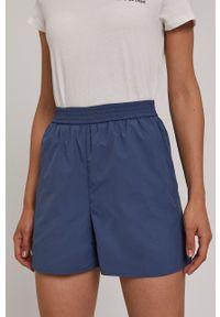 Vero Moda - Szorty. Okazja: na co dzień. Kolor: niebieski. Materiał: tkanina, poliester. Wzór: gładki. Styl: casual