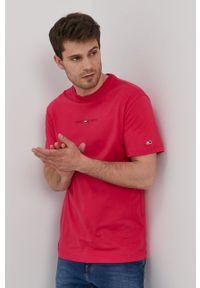 Tommy Jeans - T-shirt. Okazja: na co dzień. Kolor: różowy. Materiał: dzianina. Styl: casual
