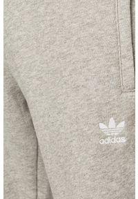 adidas Originals - Spodnie. Kolor: szary. Materiał: materiał. Wzór: gładki