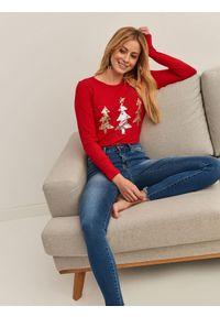Czerwony sweter TOP SECRET wizytowy, z aplikacjami, na wiosnę