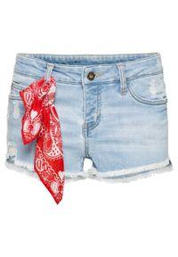 """Szorty dżinsowe z bandaną bonprix jasnoniebieski """"bleached"""". Kolor: niebieski. Materiał: tkanina, elastan, poliester, materiał, bawełna"""