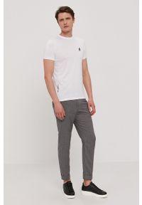 Karl Lagerfeld - T-shirt. Okazja: na co dzień. Kolor: biały. Materiał: dzianina. Wzór: gładki. Styl: casual