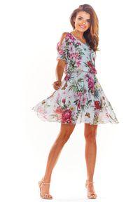 e-margeritka - Zwiewna sukienka mini ecru - 36. Materiał: tkanina, szyfon, materiał, poliester. Typ sukienki: rozkloszowane. Styl: wakacyjny. Długość: mini