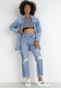 Born2be - Jasnoniebieskie Jeansy Diolyn. Stan: podwyższony. Kolor: niebieski. Długość: długie. Wzór: aplikacja
