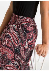 Spódnica z asymetryczną linią dołu bonprix czarno-malinowy paisley. Kolor: czarny. Długość: długie. Wzór: paisley #2