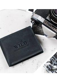 ALWAYS WILD - Portfel męski czarny Always Wild N1187-MHU-RFID-2182. Kolor: czarny. Materiał: skóra. Wzór: aplikacja