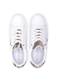 Trussardi Jeans - Sneakersy TRUSSARDI - 79A00683 E683. Okazja: na co dzień, na spacer. Kolor: biały. Materiał: skóra ekologiczna, materiał. Szerokość cholewki: normalna. Sezon: lato. Styl: casual