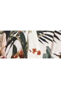 TOP SECRET - Letnia sukienka maxi w egzotyczny wzór. Okazja: na imprezę. Kolor: biały. Materiał: materiał. Długość rękawa: na ramiączkach. Wzór: nadruk. Sezon: lato. Styl: wakacyjny. Długość: maxi #3