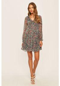 Wielokolorowa sukienka Pepe Jeans casualowa, w kwiaty, prosta, na co dzień