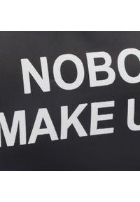 Nobo - Kosmetyczka NOBO - NCOS-I0070-C020 Czarny. Kolor: czarny. Materiał: skóra