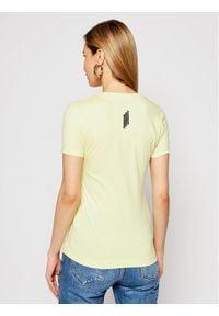 Guess T-Shirt W1RI04 J1311 Żółty Slim Fit. Kolor: żółty