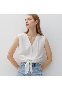 Reserved - Gładka koszula - Kremowy. Kolor: kremowy. Wzór: gładki