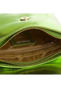 Zielona torebka Kazar z aplikacjami