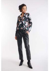 Bluzka z długim rękawem Nommo z kopertowym dekoltem, elegancka, w kwiaty