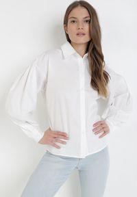 Born2be - Biała Koszula Ohirtarish. Kolor: biały. Długość: długie. Styl: klasyczny, elegancki