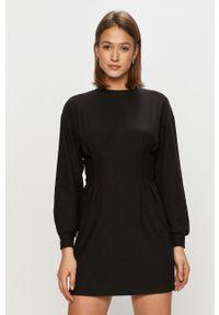 TALLY WEIJL - Tally Weijl - Sukienka. Kolor: czarny. Materiał: dzianina. Długość rękawa: długi rękaw. Wzór: gładki. Typ sukienki: rozkloszowane