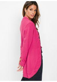 Różowy sweter bonprix długi
