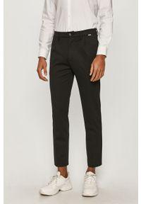 Czarne spodnie Calvin Klein na co dzień, casualowe