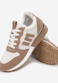 Renee - Biało-Beżowe Sneakersy Orsea. Kolor: biały. Materiał: nubuk, syntetyk