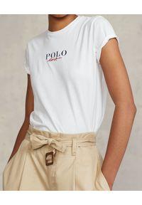 Ralph Lauren - RALPH LAUREN - Biały t-shirt z logo Straight fit. Typ kołnierza: polo. Kolor: biały. Materiał: bawełna