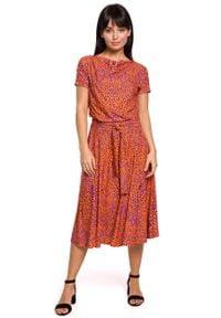 MOE - Rozkloszowana Midi Sukienka we Wzory - Pomarańczowa. Kolor: pomarańczowy. Materiał: poliester, bawełna, elastan. Długość: midi