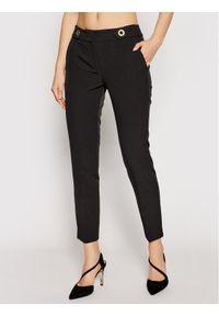 Trussardi Jeans - Trussardi Spodnie materiałowe 56P00283 Czarny Regular Fit. Kolor: czarny. Materiał: materiał