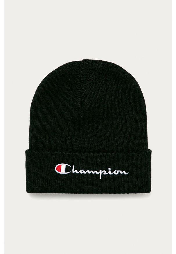 Czarna czapka Champion z aplikacjami