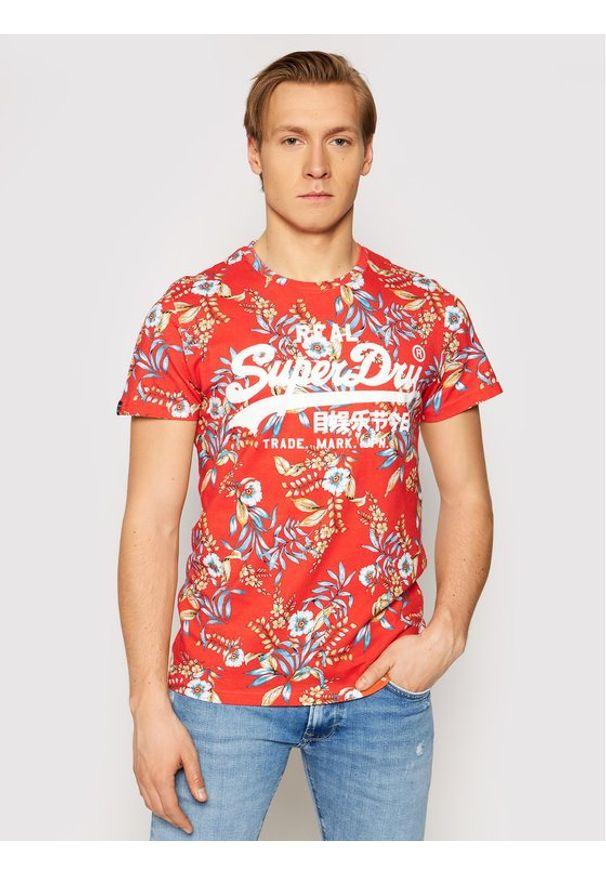 Superdry T-Shirt Vl Aop M1010999A Czerwony Regular Fit. Kolor: czerwony