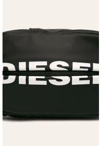 Czarna nerka Diesel z nadrukiem
