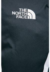 Niebieski plecak The North Face z nadrukiem