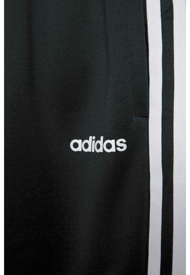 Niebieskie spodnie dresowe Adidas na co dzień