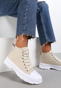 Renee - Beżowe Trampki Avarian. Wysokość cholewki: za kostkę. Kolor: beżowy. Materiał: jeans, materiał, guma. Szerokość cholewki: normalna. Wzór: aplikacja