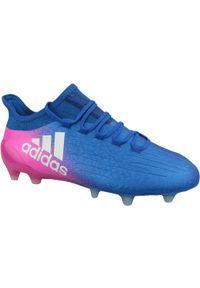 Niebieskie korki Adidas z cholewką, w kolorowe wzory