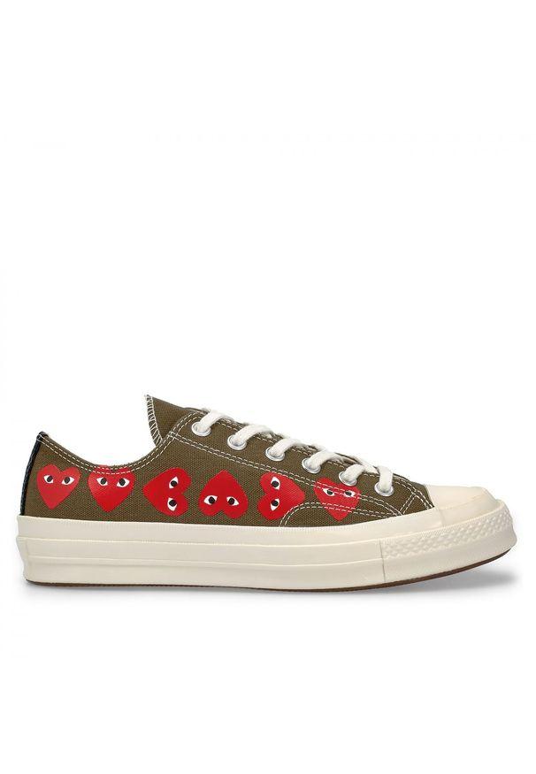 COMME DES GARCONS PLAY - Trampki khaki z sercami. Okazja: na co dzień. Kolor: zielony. Materiał: guma, jeans, materiał. Styl: klasyczny, elegancki, casual