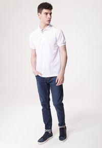 Born2be - Biała Koszulka Gladdening. Typ kołnierza: polo. Kolor: biały. Materiał: dzianina. Długość rękawa: krótki rękaw. Długość: krótkie. Wzór: gładki #3