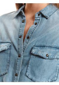TOP SECRET - Denimowa koszula z długim rękawem. Kolor: niebieski. Materiał: materiał. Długość rękawa: długi rękaw. Długość: długie. Wzór: aplikacja. Sezon: jesień. Styl: elegancki