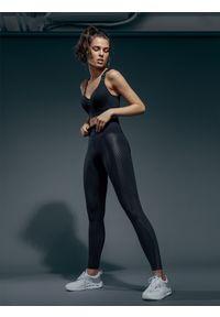 4f - Legginsy treningowe damskie (curvy) 4FPro. Stan: podwyższony. Kolor: niebieski. Materiał: jersey, dzianina, włókno. Sport: fitness