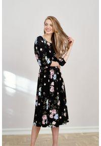 Marie Zélie - Sukienka Emelina Nolina czarna. Kolor: czarny. Materiał: wiskoza, dzianina, materiał, elastan, tkanina, guma. Styl: klasyczny. Długość: midi