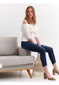 Biała bluza TOP SECRET w ażurowe wzory, na lato