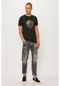 Czarny t-shirt Converse z nadrukiem, z okrągłym kołnierzem