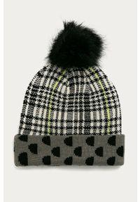 Szara czapka Desigual