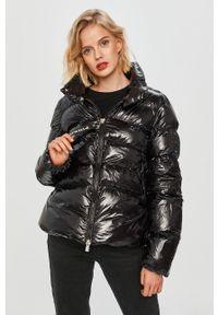Czarna kurtka Pinko klasyczna, z włoskim kołnierzykiem