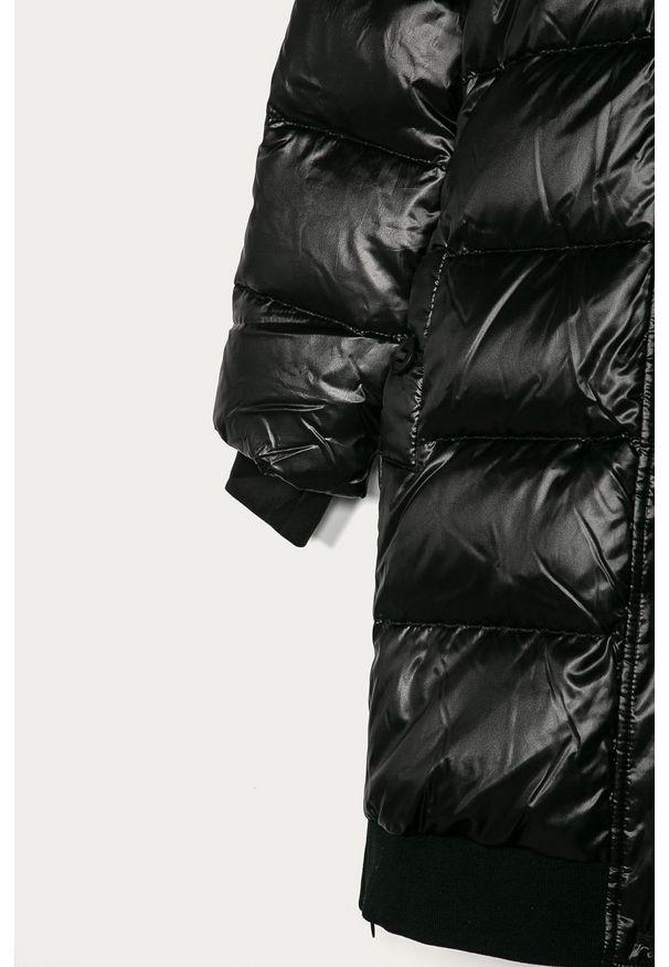 Czarna kurtka Guess Jeans z kapturem, casualowa, na co dzień