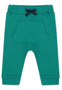 Zielone spodnie dresowe Primigi