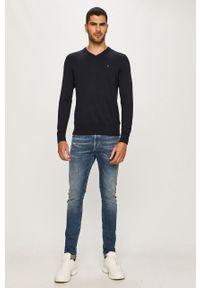 Niebieski sweter TOMMY HILFIGER casualowy, z aplikacjami, na co dzień