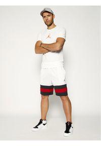 Białe spodenki sportowe Nike do koszykówki #5