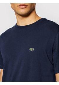 Lacoste T-Shirt TH6709 Granatowy Regular Fit. Kolor: niebieski