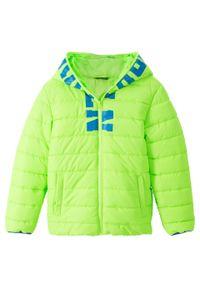 Zielona kurtka bonprix z nadrukiem, z kapturem
